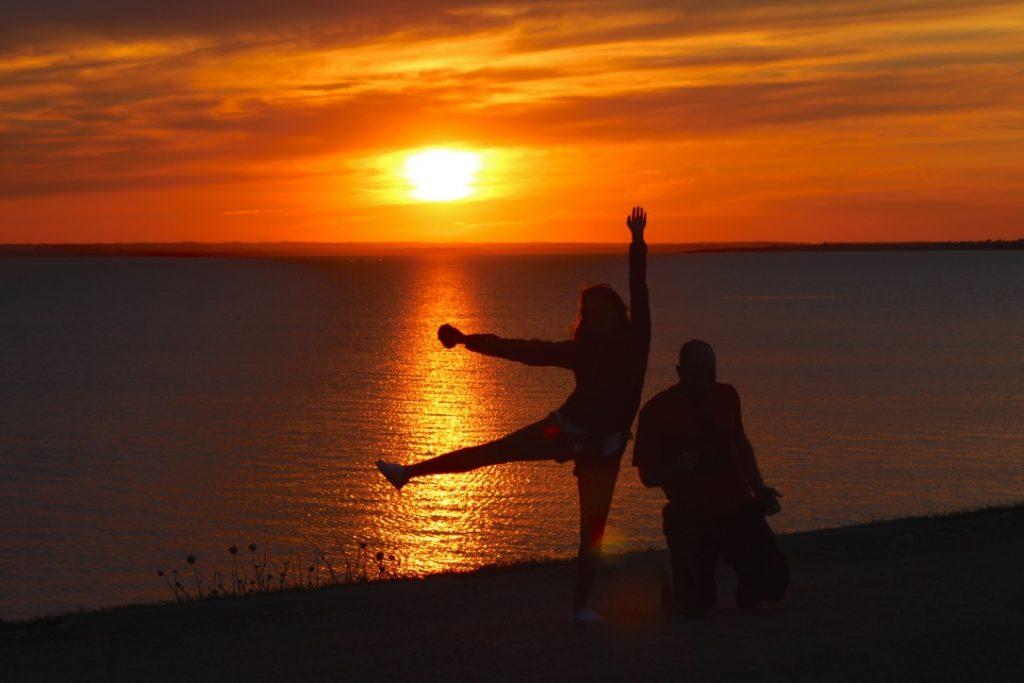 Coucher de soleil sur le lac Diefenbaker.