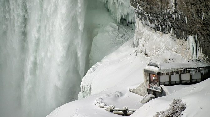 Niagara Falls in Winter: The Perfect BFF Get-Away