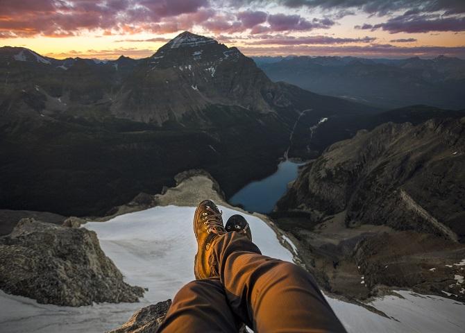 Mountain_Top_View_of_Moraine_Lake-Paul Zizka Photography