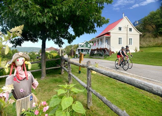 Véloroute du Fjord du Saguenay 3 (c) Promotion Saguenay