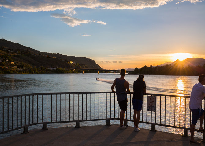 Sunset over Riverside Park (©Tourism Kamloops)