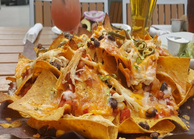 Les nachos au poulet deffiloché (©Big Rig Kitchen and Brewery)