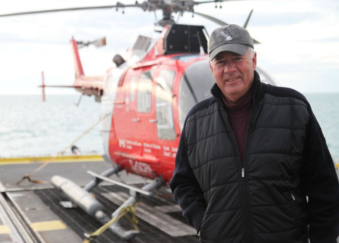 Peter Mansbridge dans l'Arctique (©CBC Media Centre)