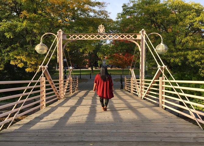 Le pont piéton au park Victoria (©Explore Waterloo Region)