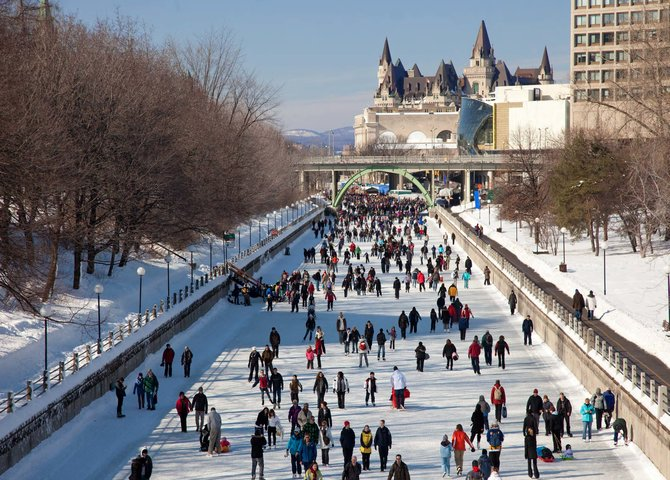 The Rideau Canal in Ottawa (©National Capital Commission)