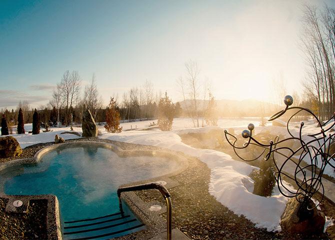 Plonger dans les bains d'hiver du Spa Eastman (©Spa Eastman)