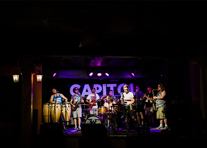 A live set at the Capitol Music Club. (© Tourism Saskatoon)