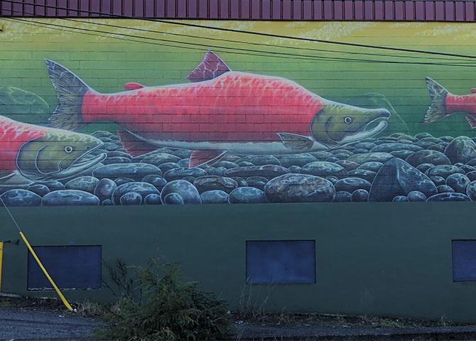 Une des nombreuses murales qui ornent les bâtiments du Prince Rupert.