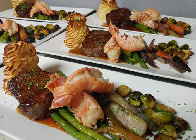 A surf and turf dish at Le Moulin a Cafe (©Tourism New Brunswick)