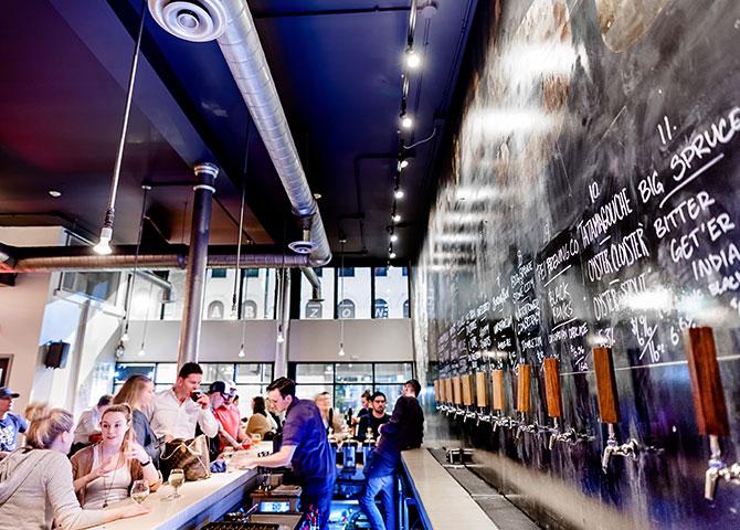 Assurez-vous de mettre Stillwell Beer Garden sur votre liste (© Josh Fee Photography)
