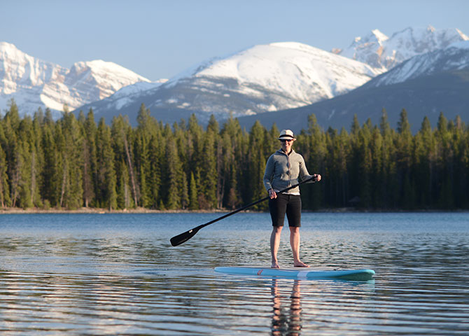 Paddle your way across Jasper's lakes