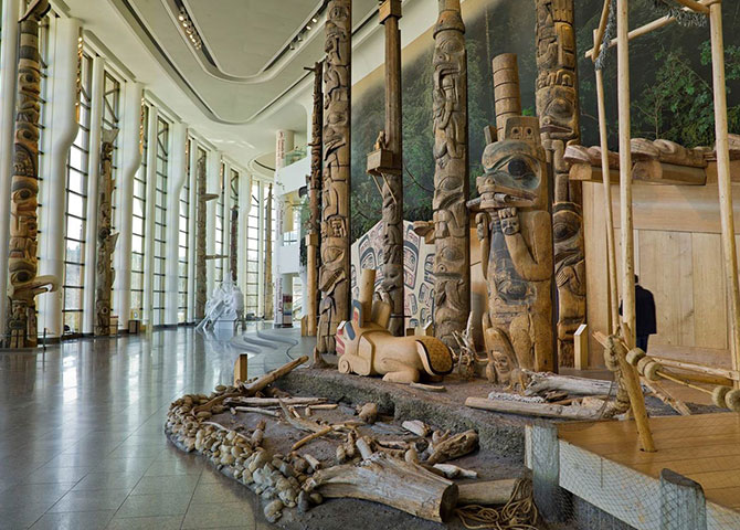 First Peoples of the Pacific Coast totem poles at the Canadian Museum of History (©Canadian Museum of History)