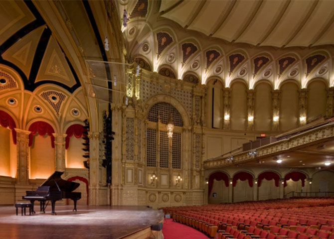 A view of the stage of Vancouver's Orpheum theatre (©Vancouver Civic Theatres)