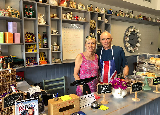 Cosies 'owners, Paul and Alison Goodyer