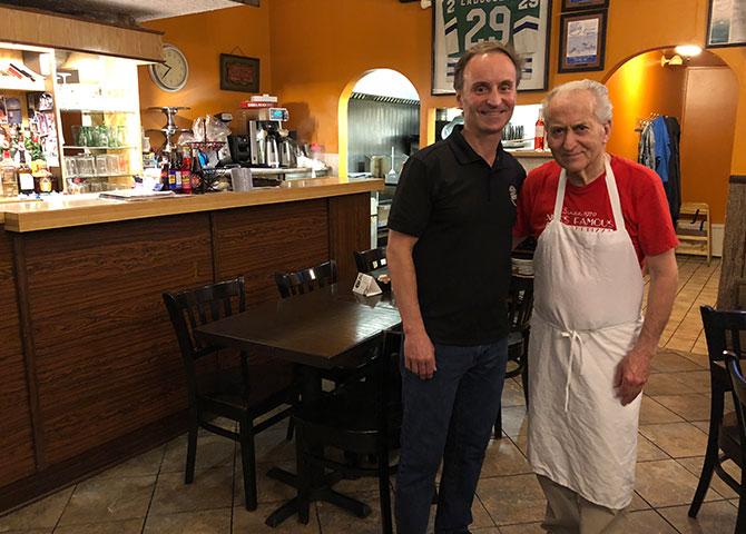 Propriétaires, George et Nik, de 1,000 Island Pizzeria