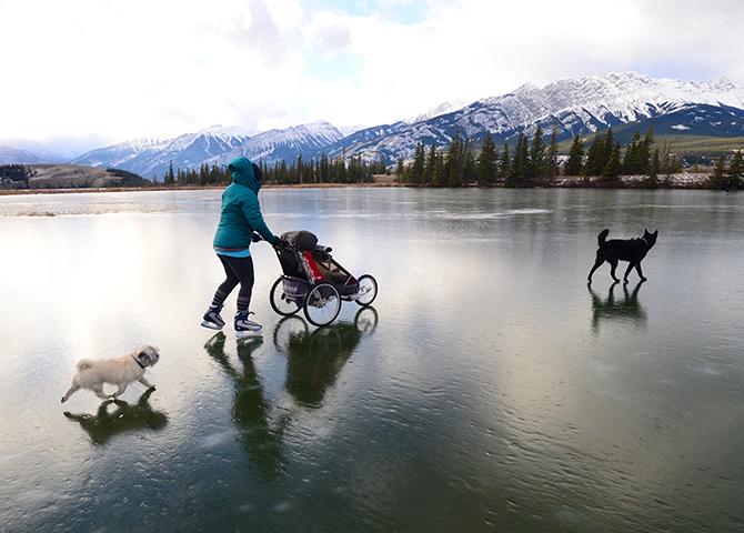 Patiner en famille sur le lac Talbot
